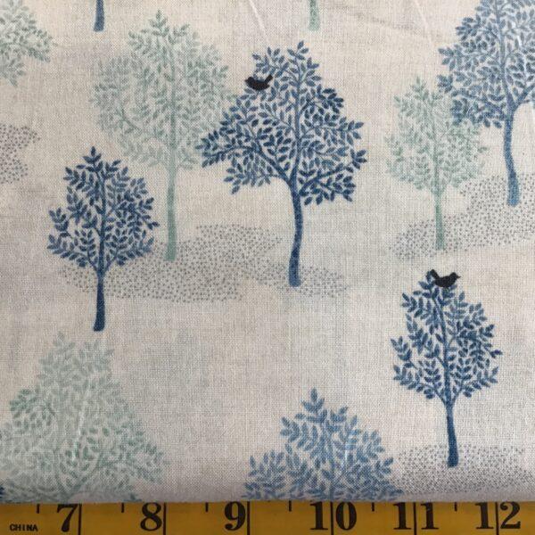 2062 woodland tree blue Makower