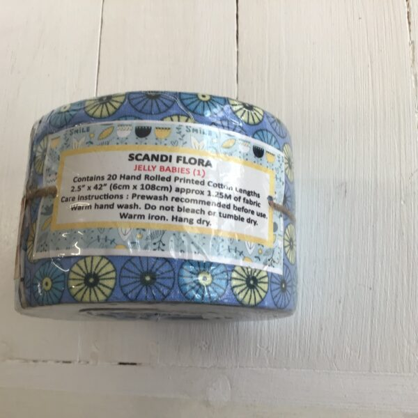 Scandi flora mini jelly roll blue