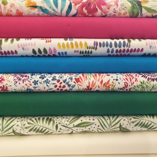 Moody Blooms 8 x FQ Bundle – Day – Multi on White by Moda Fabrics